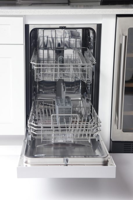 "K7740D 2WEB 458x687 - K7740D - 18"" Dishwasher"